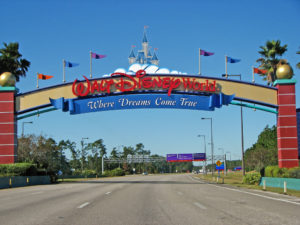 Go! Go! Go! FREE Disney Parks Vacation Planning Guide!