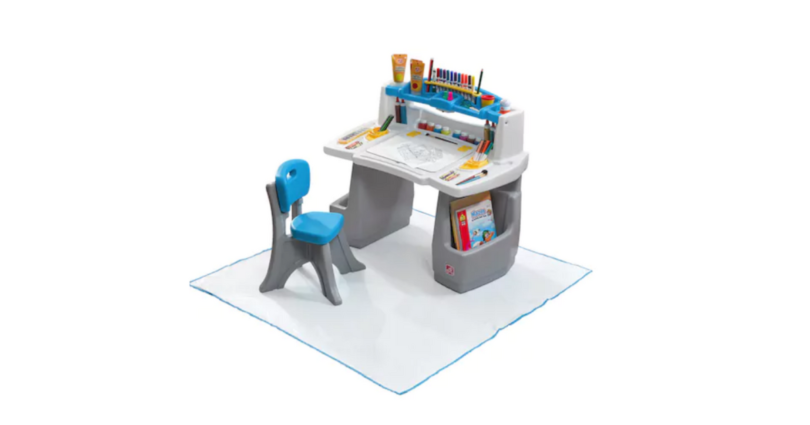 Kohl S Step2 Deluxe Art Desk With Splat Mat 53 74 Reg 99